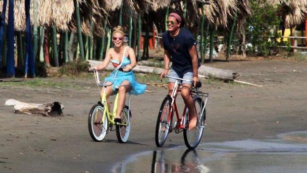 Shakira-Barranquilla-Bicicleta-Carlos-Vives_EDIIMA20160521_0008_19